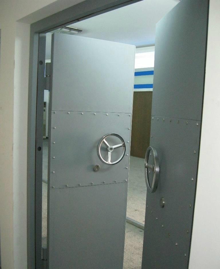 化工鋼制防爆門 3
