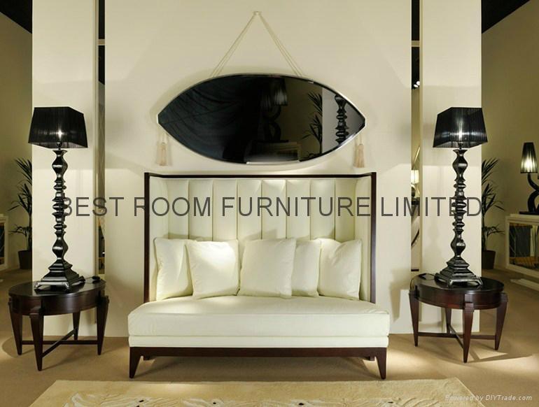 soild wood frame and based upholstered leather beds 1