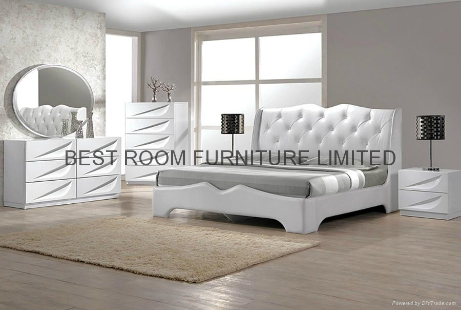 Bedrom furniture sets with leather bed leather night stand drawer chest mirror  1