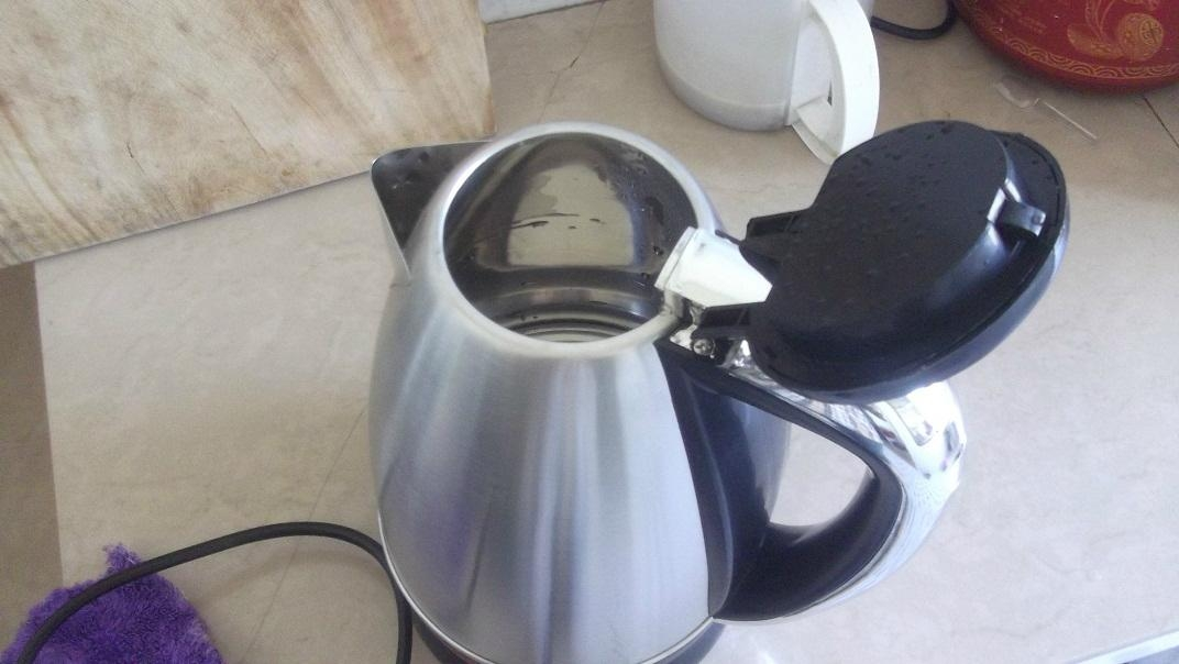 ELECTRIC KETTLE 2