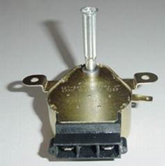 Synchronous motor/oven turn motor