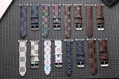 Luxury Brand Checkerboard Pattern Leather Watchband Printed Flower Watch Strap