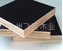 黑色建築覆膜板