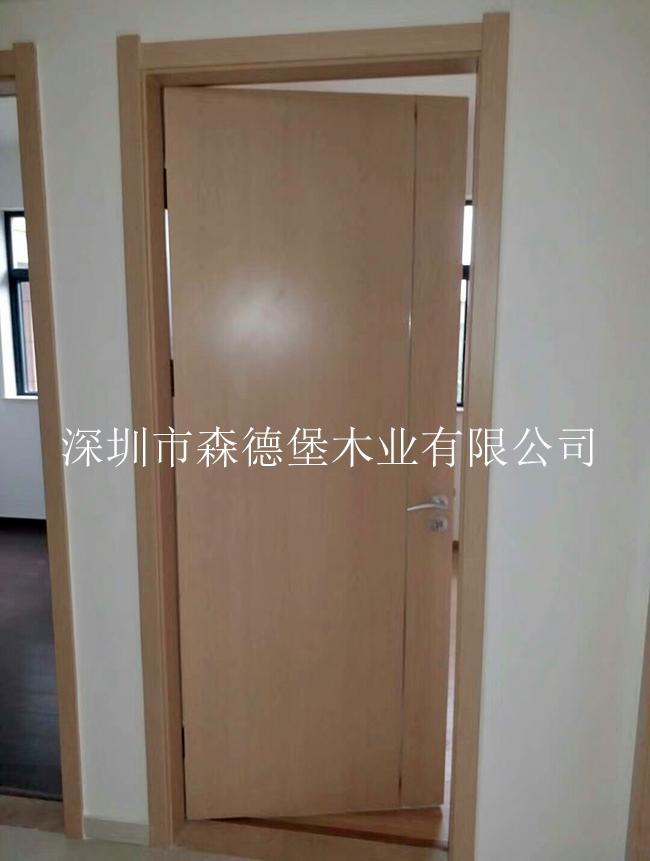 精裝房門 4