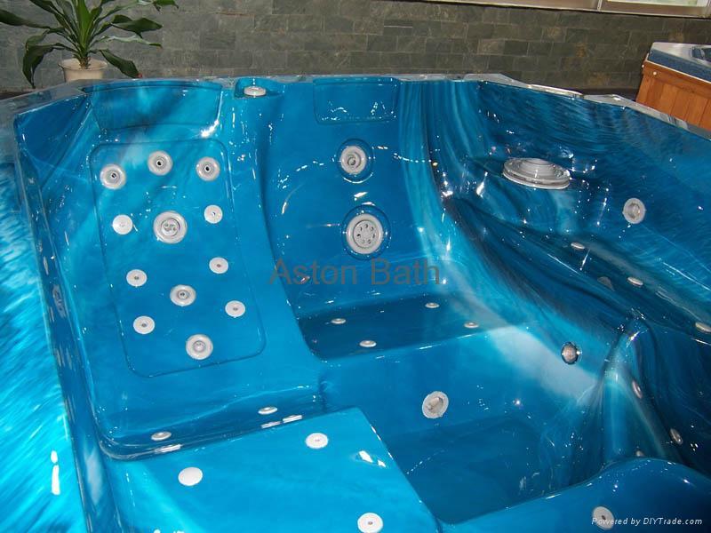 Hot Tub: A610 5
