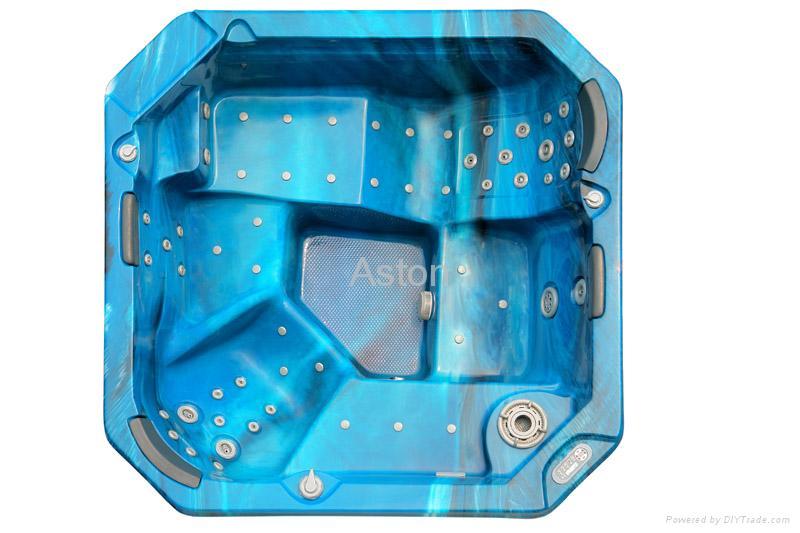 Hot Tub: A610 3