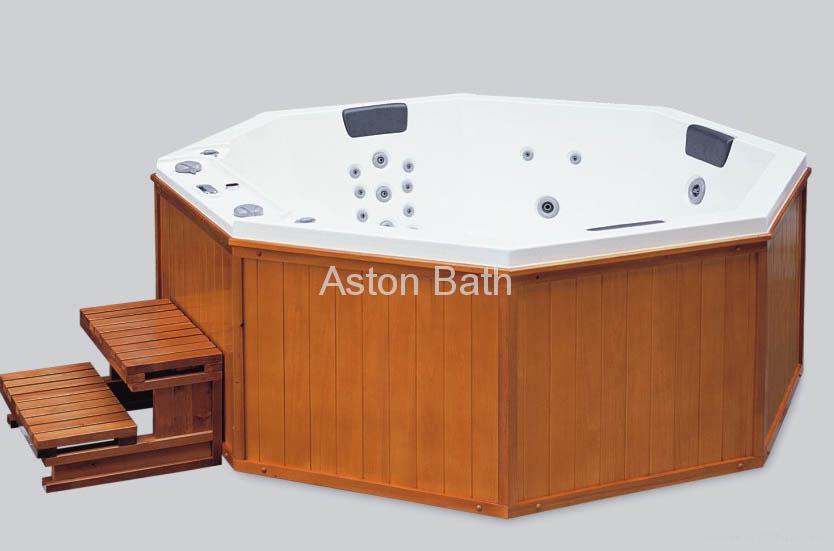 Hot Tub: A628 1