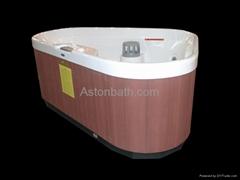Triangle Hot tub: A635