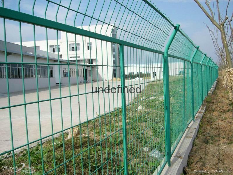 武汉带边框护栏 1