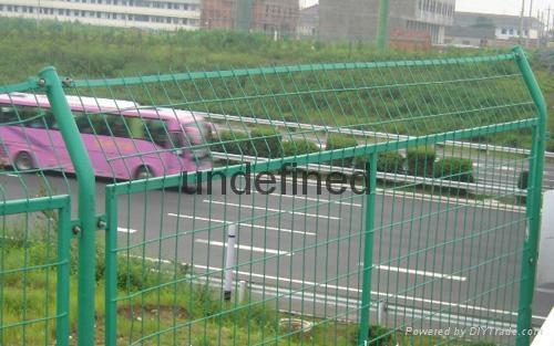 武汉带边框护栏 4