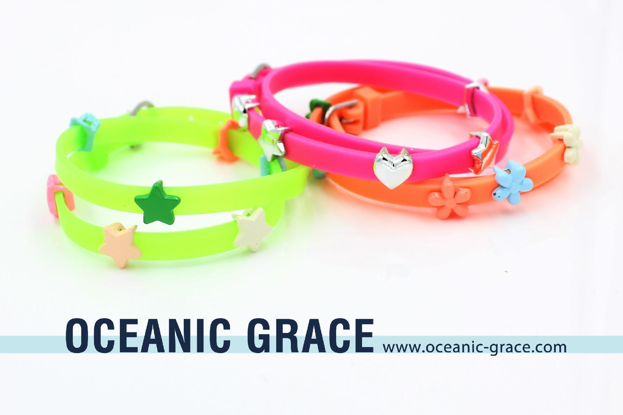 Silicone Belt Bracelet with Metal Charms Kids Bracelets BFF Bracelets 1