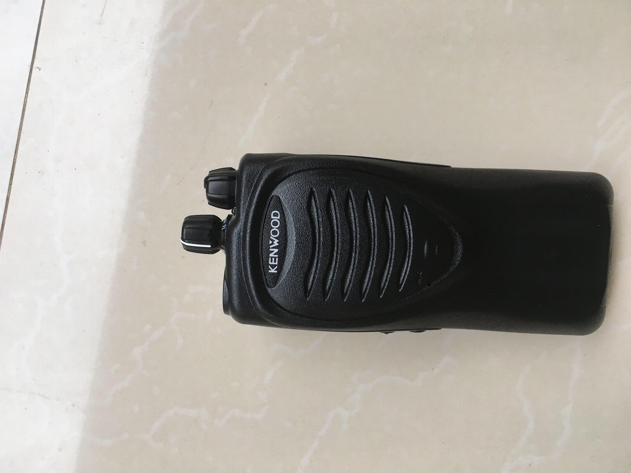 Kenwood TK2207 walkie talkie