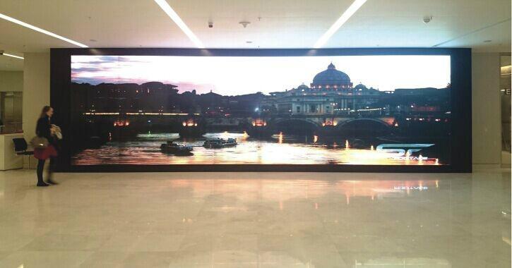 4k plus Full HD TV wall 0 mm bezel Spliced lcd video wall