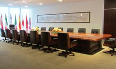 实拍圣奥办公家具大会议桌
