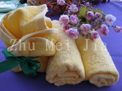 Jacquard child-towel