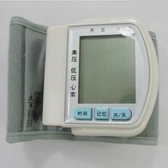長坤電子血壓計家用健康用品老年人保健產品