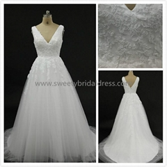 Aline V-Neck Lace & Tulle Wedding Dress Alex02