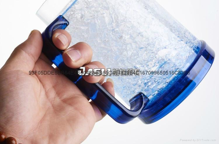 新啤酒伴侶保冷杯冰沙杯 夏日冰鎮飲料冰杯 雙層塑料禮品保涼水杯 2