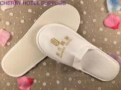 Close toe pull plush material hotel bathroom slippers