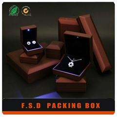 High Quanlity Display LED Light Jewelry Box