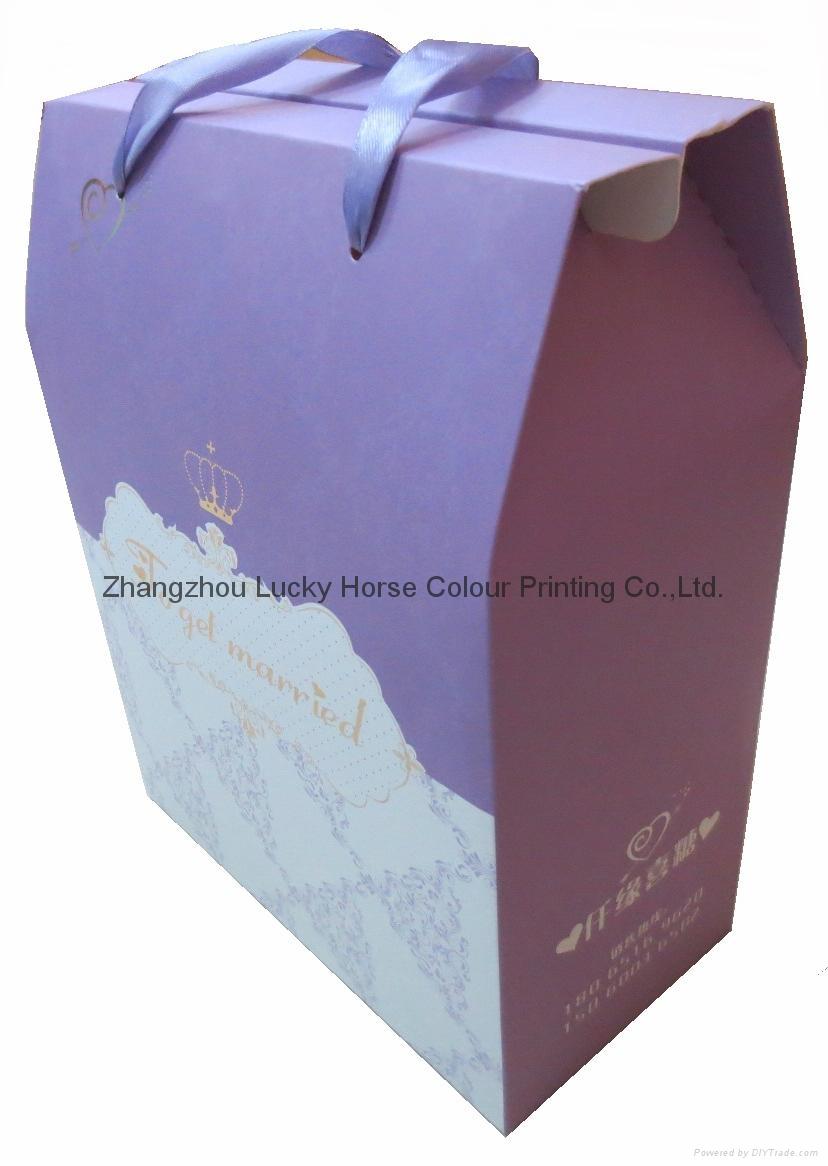 中國工廠批發定製禮品袋禮品盒 1