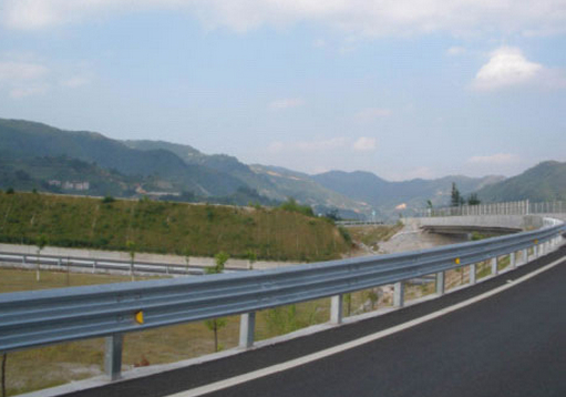 Highway guardrail 4
