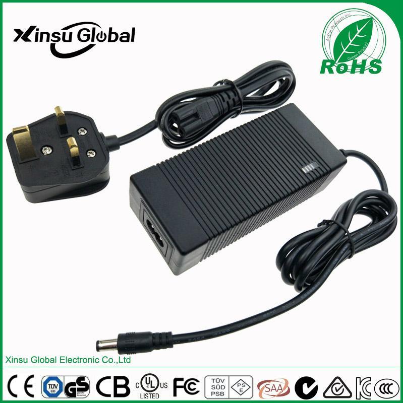 12.6V 5A li-ion battery charger for 3series 10.8V 11.1V 12V Li-ion Li-po battery 3