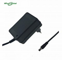 China factory direct sale 8.4v 2a lithium battery charger with EU UK AU US plugs
