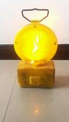 交通路障指示燈