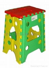 1039型塑胶折叠凳