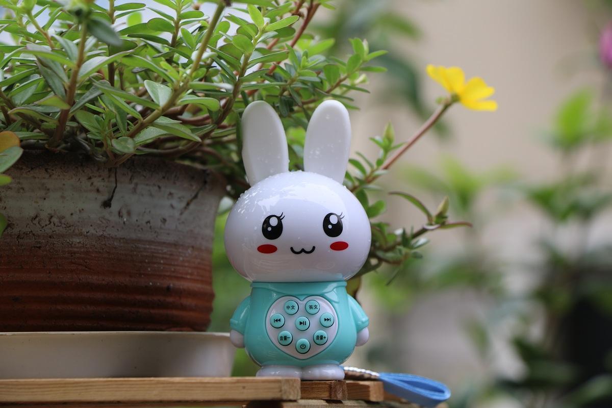 工廠直銷私模迷你兔故事機Q9 2