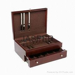 Wooden Flatware Storage Chest