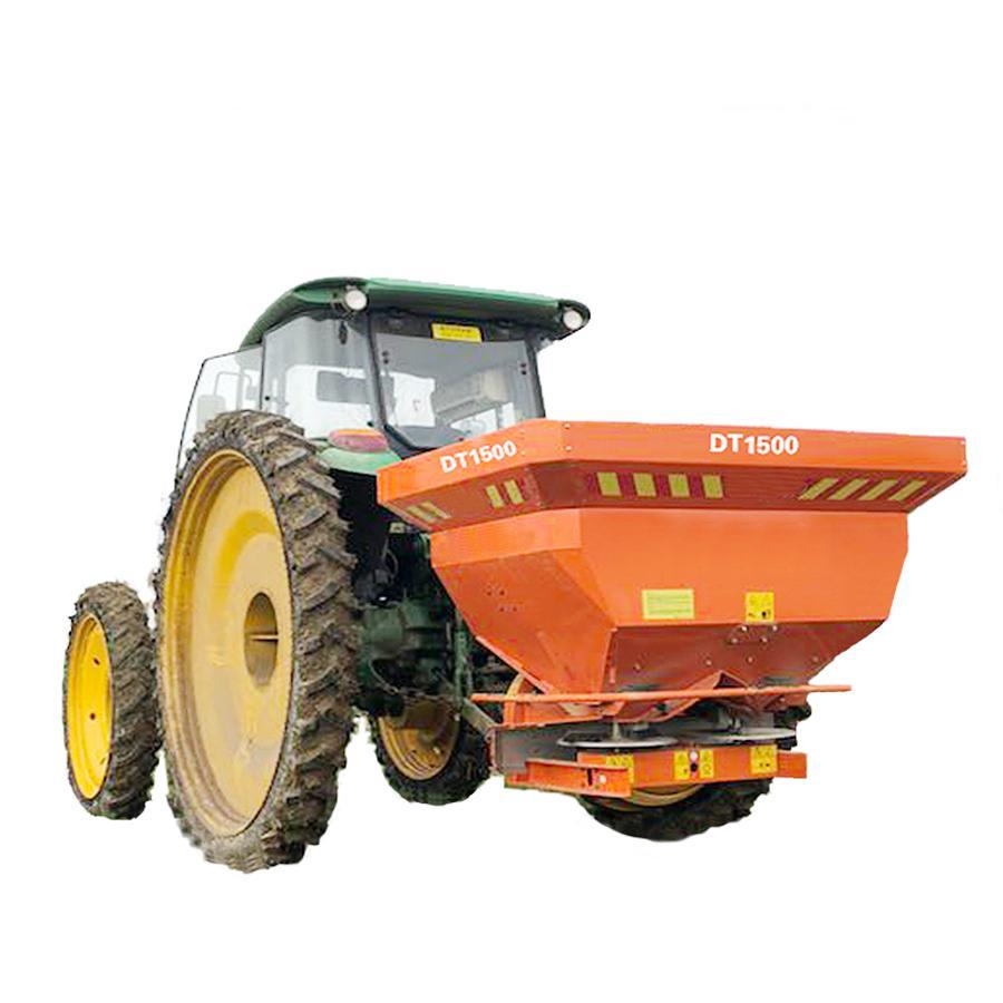 Agricultural tractor mounted fertilizer Spreader 7