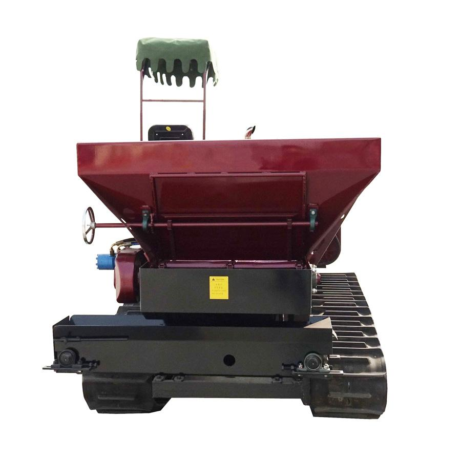 crawler type Muck spreader for spreading solid manure and fertilizer 2