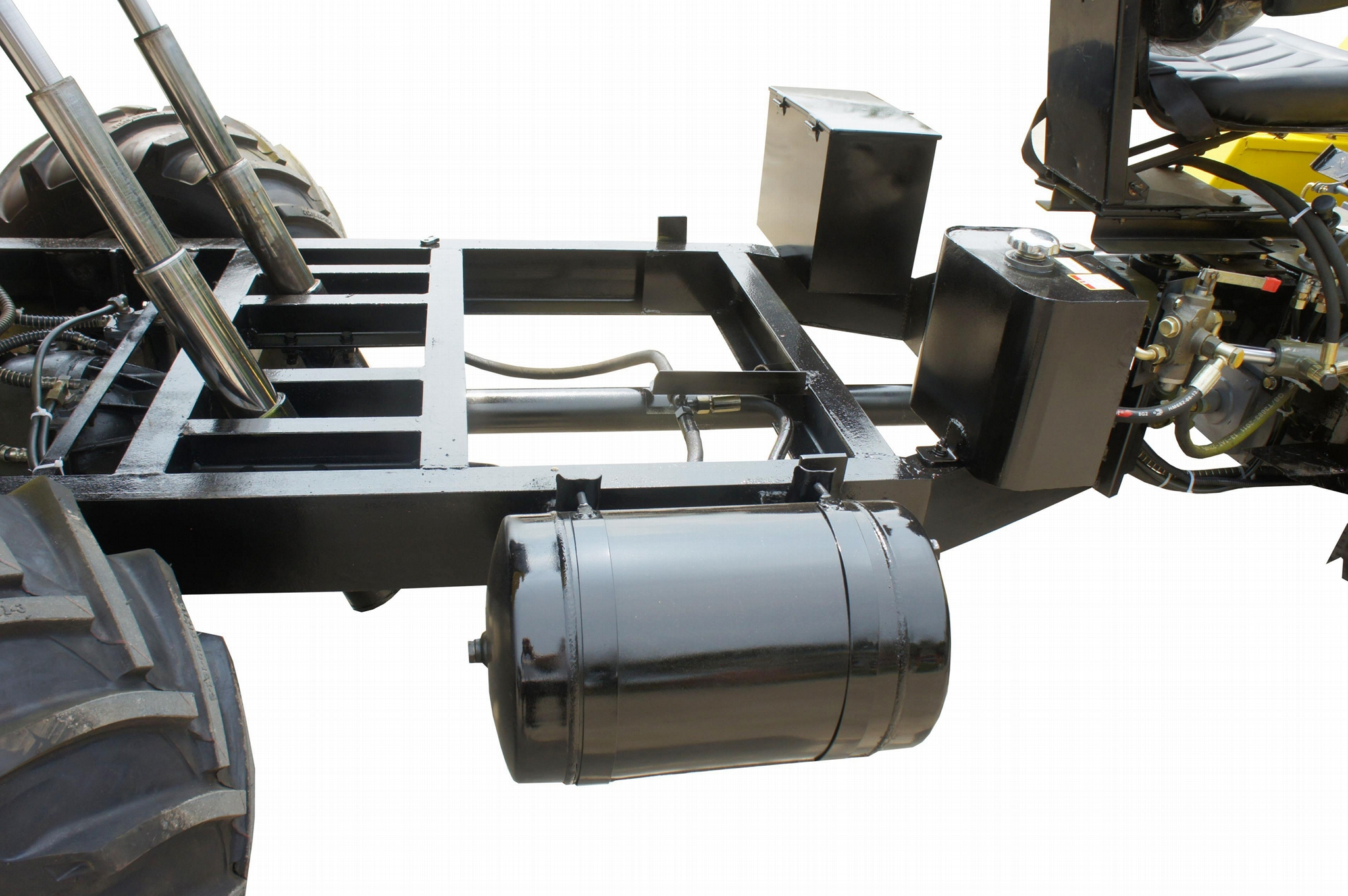Four wheel drive chassis system