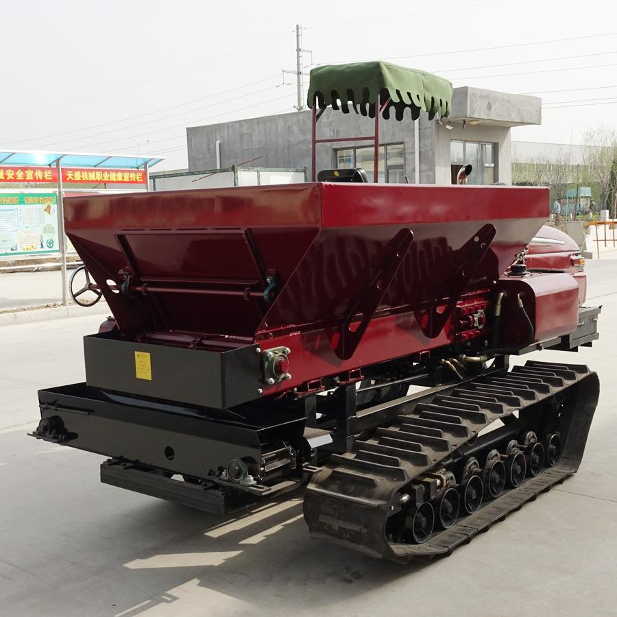 crawler type Muck spreader for spreading solid manure and fertilizer 6