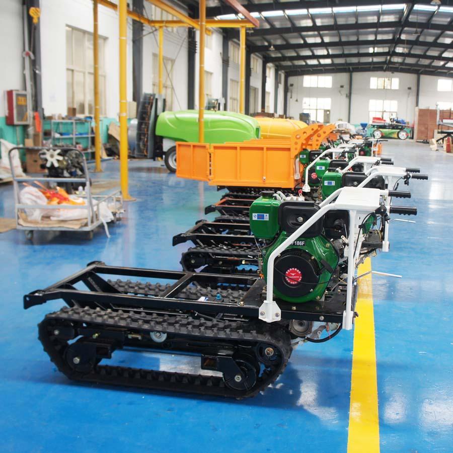 mini crawler type hydraulic motor drive fertilizer spreader 7