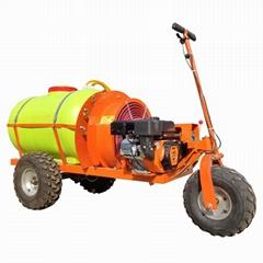 柴油轮式自走式果园风送迷雾打药机