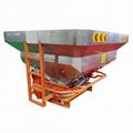 Tractor fertilizer distributor machine