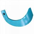 Rotary blade for ridge plastering machine