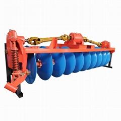 拖拉机变速箱驱动圆盘犁