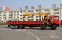 Dongfeng 6x2 truck mounted crane 12tons