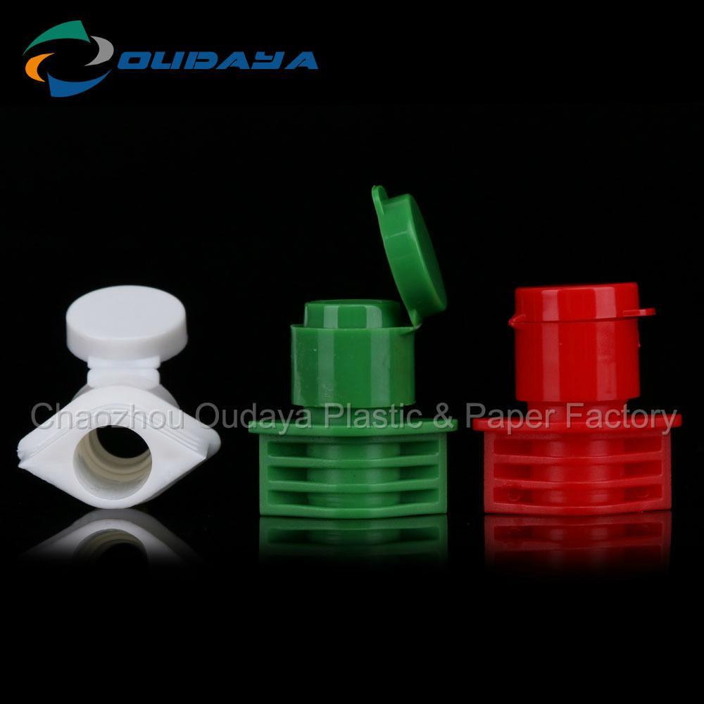 Flip Top Plastic Cap For Beverage Bottle 5