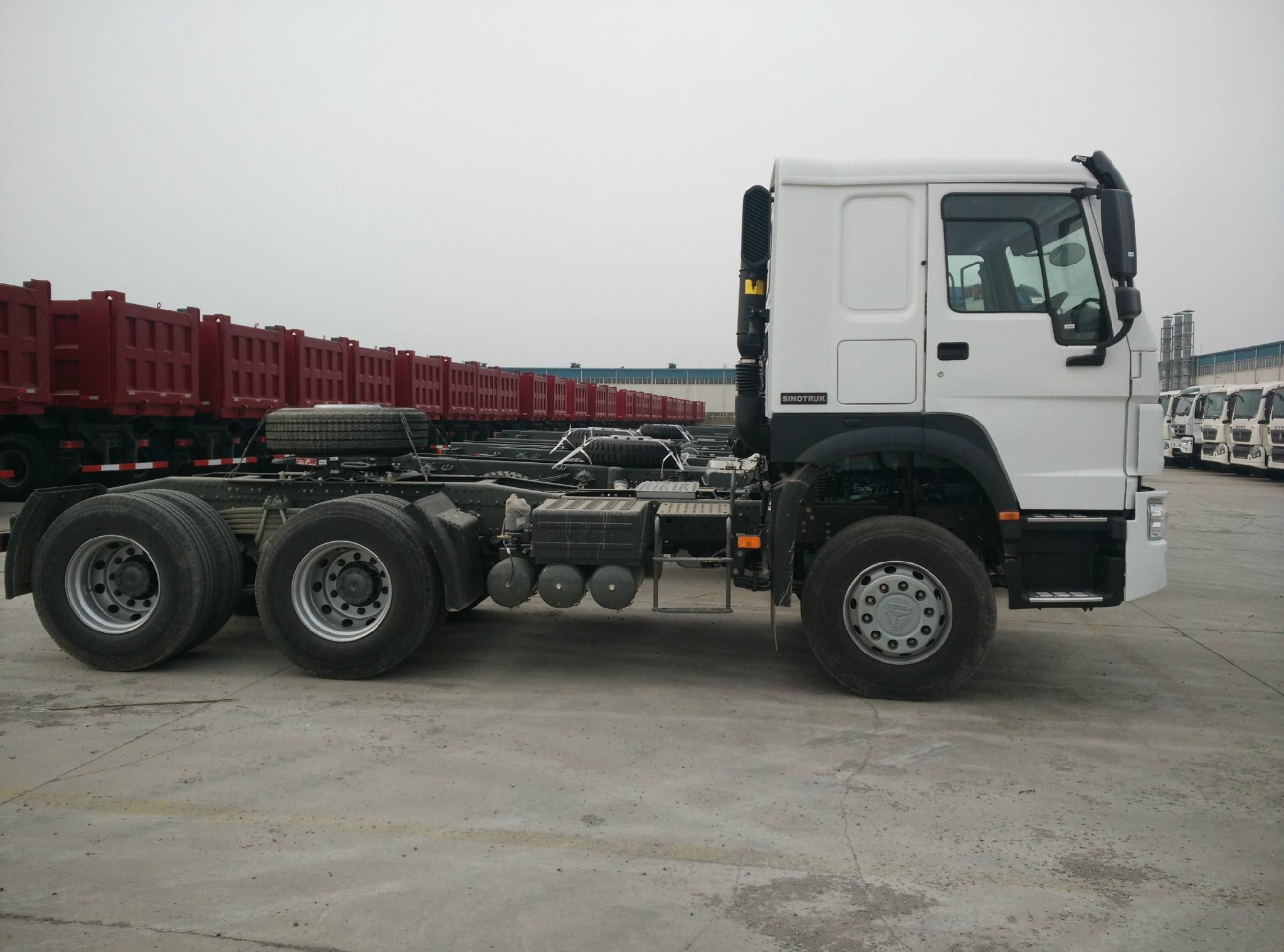 HOWO 6x4 Tractor Truck 5