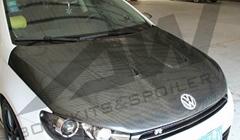 Scirrocoo R carbon fiber engine hood