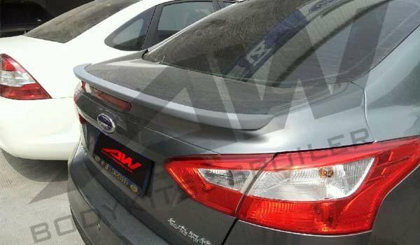 2012 Ford Focus PU Spoiler 1