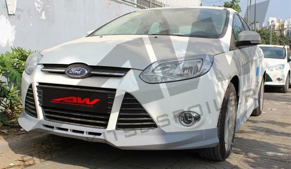 2012Ford Focus PU bodykit 2