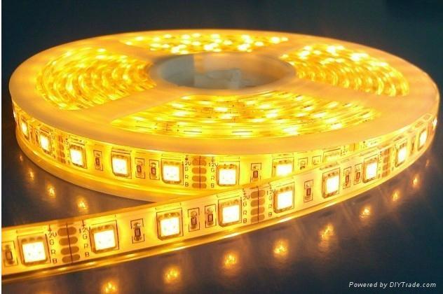 供應LED5050曖白光軟燈條 60燈燈/米 IP65防水12V 2