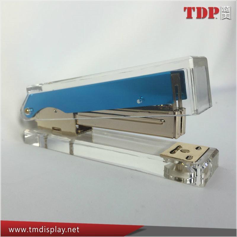 China Factory Wholesale Acrylic Stapler Office Stapler 5