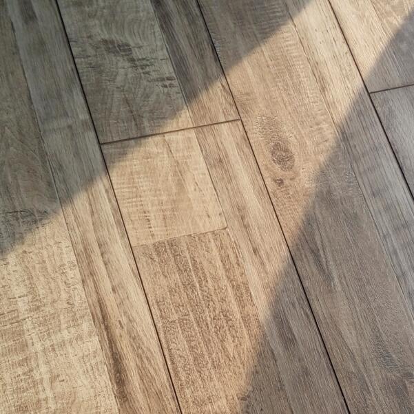 V groove 8mm small embossed laminate flooring 4